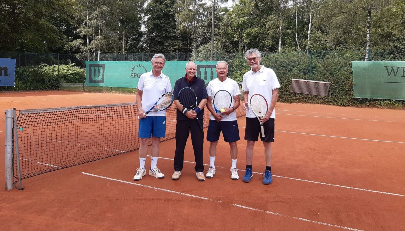von links: Michael  Eikemeyer, Heinz Kläsener, Walter Kühling undWolfgang Bunse