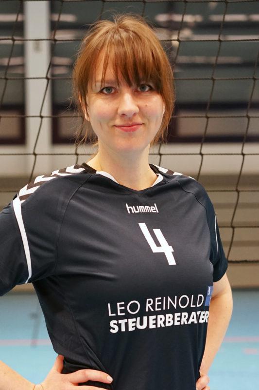 Marina Böddeker (MB)