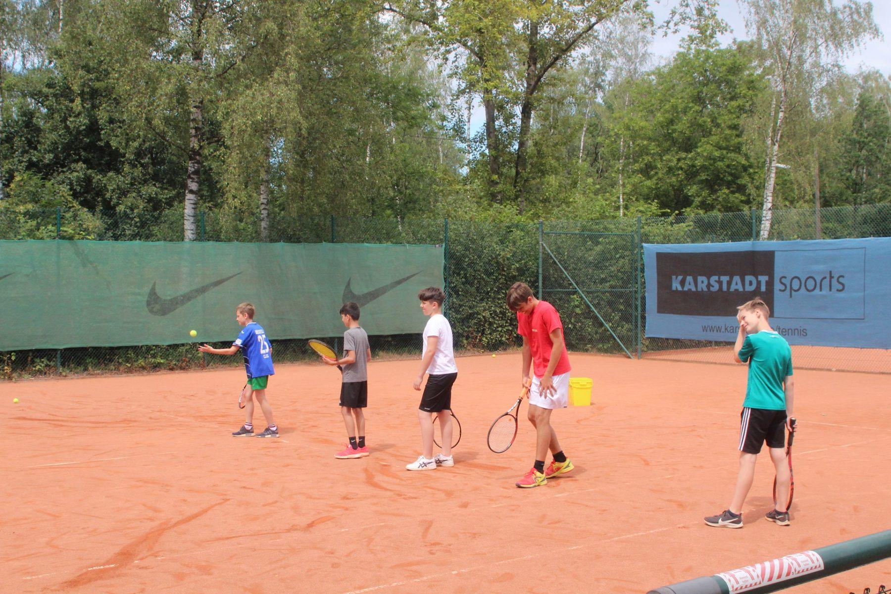 telekom-post-sv-tennisabteilung-feriencamp-2020-bild-10-klein