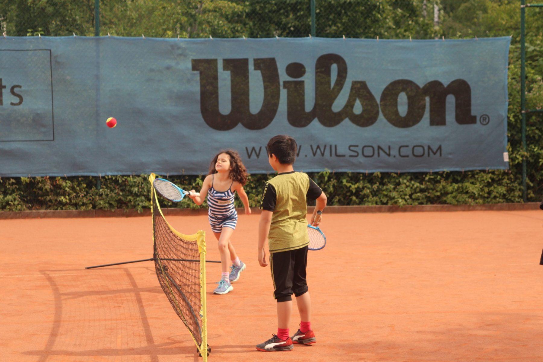 telekom-post-sv-tennisabteilung-feriencamp-2020-bild-2-klein