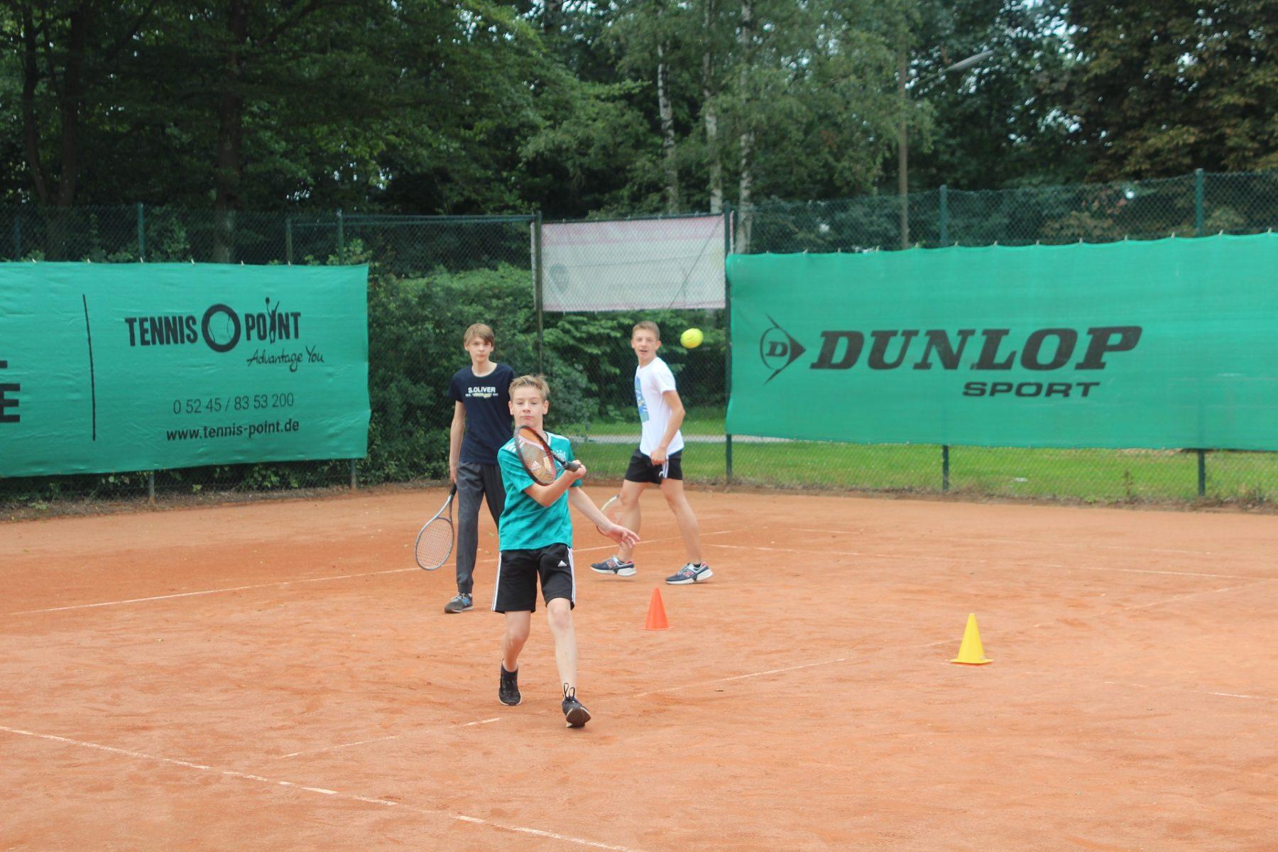 telekom-post-sv-tennisabteilung-feriencamp-2020-bild-4-klein