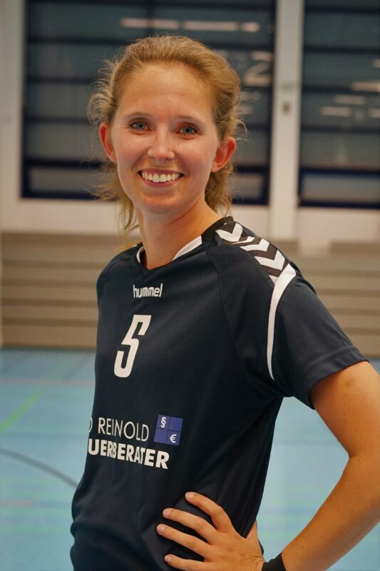 Carolin Neuhaus (AA)